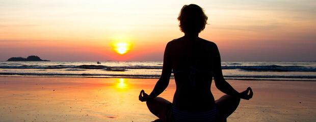 Meditatie strand artikel bewust zijn